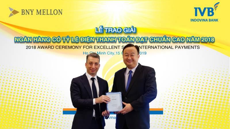 Giải thưởng nổi bật của ngân hàng IVB