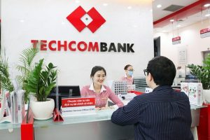 giờ làm việc ngân hàng Techcombank