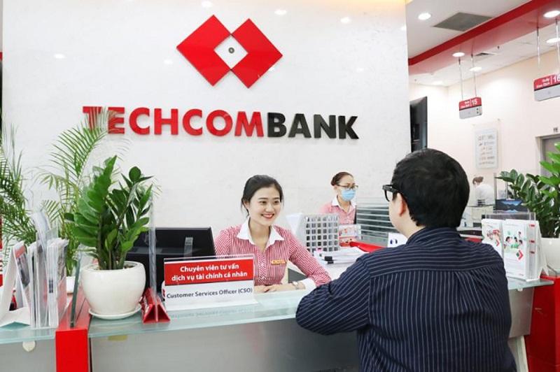 giờ làm việc ngân hàng Techcombank thứ 7